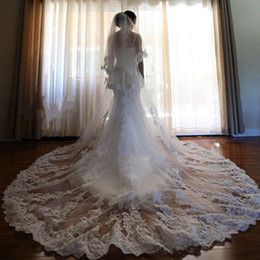 Wholesale Two Tier Lace Cathedral Veil - handmade 3Meter two tier Vintage Hot Sale Lace cathedral Length wedding Veil Custom White Ivory Free Comb Luxury