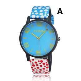Wholesale New wave of fashion and personality point strap watch selling special fashion watches creative students watch quartz watch