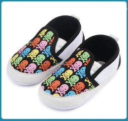 Wholesale Cool Shoes For Boys - New Halloween Baby Shoes for Girls and Boys Cool Skull Design Anti-slip Soft Sole Infant Walking Shoes