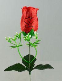 2019 freie liebe blumen rosen Mit Liebe und Duft einzelne Rosen Seidenblumen sechs Farben können wählen, kostenloser Versand HR020 rabatt freie liebe blumen rosen