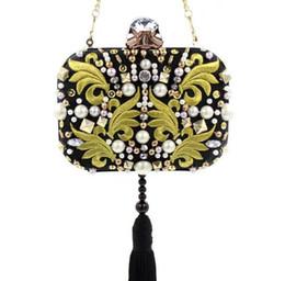 Argentina Moda de lujo bolsos de noche del embrague negro para las mujeres hechas a mano de diamantes bolsas de cena bordado con cuentas de las mujeres bolsa de cadena del hombro cheap black satin evening bags Suministro