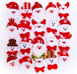 piscar emblemas do pino do natal Desconto Dos desenhos animados do papai noel led piscando brilhando broche pinos crianças crianças acender emblemas brinquedos presente brilha suprimentos de festa de natal