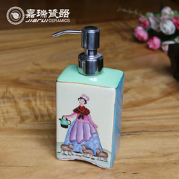 Wholesale Painted Chinese Bottles - Fancy Chinese ceramic soap dispenser bottle hand painted Liquid Soap Dispenser bathroom decorative soap dispenser