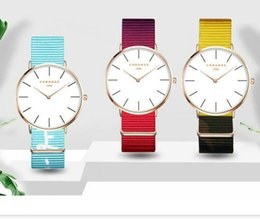 Wholesale Flowers Pin United States - Europe and the United States fashion gradient flower pattern with a watch couple watches