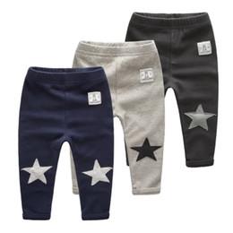 24 monate mädchen jeans Rabatt 2017 Halloween Winter Baby Mädchen Hosen für Jungen Baby Leggings Kinder Baumwolle Kinder Kleidung Sterne Drucke Hosen kleinkind leggings