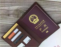 Wholesale Genuine Leather Bag For Mens - Mens Fashion Classic Design Casual Passport Credit Card ID Holder Hiqh Quality Real Leather Ultra Slim Wallet Packet Bag For Mans   Womans