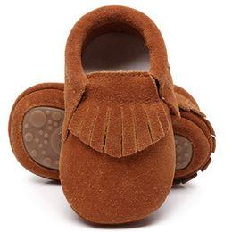 Canada Nouvelle arrivée en cuir véritable frange en daim bébé mocassins avec fourrure dur semelle en caoutchouc bas enfants bottes hiver bébé chaussures pour garçons et filles supplier winter baby moccasins Offre