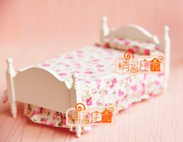 Wholesale Rement Miniature - G05-X4301 children baby gift Toy 1:12 Dollhouse mini Furniture Miniature rement beds pink and flowers 1pcs
