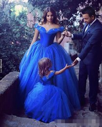 Wholesale Cinderella Dresses For Girls - Adorable Cinderella Flower Girl Dresses Royal Blue Kids Pageant Gowns Off Shoulder Beaded Ball Gown Communion Special Occasion For Weddings