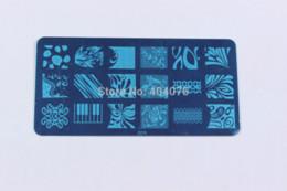 Wholesale Xl Nail Plates - 16PCS Konad Design Stamp Image Plate Stamping Nail Art DIY Image Plate Template to17-32 +1PCS XL Image Stamper+1Pcs Scraper#P25