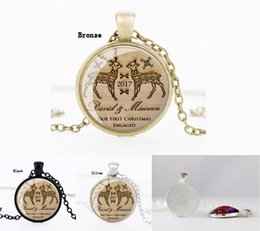 Wholesale Glass Reindeer - 2017 Christmas reindeer floating Locket Necklaces bronze silver black circle Glass Pendant necklace For men&women Fashion Jewelry