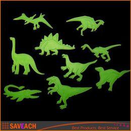 статические настенные наклейки Скидка 9pcs / set Glow in the Dark Флуоресцентный Decal Baby Дети Детская комната Главная Стены Светящиеся украшения Динозавры Наклейки