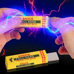 Wholesale Gag Chewing Gum - 2Pcs Electrical Shocker Shocking Chewing Gum Funny Toy Safety Trick Joke Practical Joke Fantastic For Fun Gag Gift Farce Blague