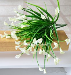 Wholesale Silk Mini Flower Heads - Wholesale- 25 heads bouquet New beautiful mini artificial calla with leaf silk fake lily Aquatic plants home room decoration flower