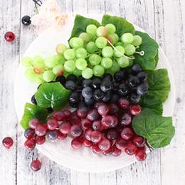 2019 bando de frutas Fruta Artificial Uvas De Plástico Falso Frutas Decorativas Bunches Lifelike Festa de Casamento Em Casa Decoração de Jardim mini simulação de frutas legumes bando de frutas barato
