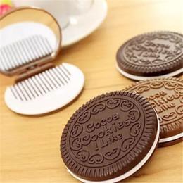 Sándwich de bolsillo online-Mini Lindo Cocoa Cookies Mirror Pocket Espejo Portátil de Chocolate Sandwich Biscuit Maquillaje Espejo Herramientas de Maquillaje de Plástico aa34-40 2017112803