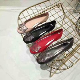 Wholesale Design Dress Material - Women Dress Shoes Low heel loafers shoes Luxury tiger head design Genuine sheepskin Material fashion product model 178345748
