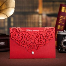 Wholesale Red Wedding Invites - Wholesale- 2016 Laser Cut Red Wedding Invitations Cards+Envelopes+Seals Convite Casamento Engagement Gatefold Invites Party Supplies