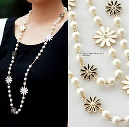 Wholesale White Pearl Long Necklace - Yiwu Wholesale Korean Daisy Flower Pearl Drop Necklaces Jewelry Accessories for Women Long Chain Beaded Pendant Sweater Necklace