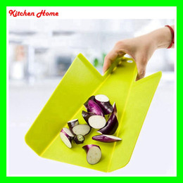 Wholesale Wholesale Kitchen Cutting Boards - PP Foldable Chopping Block Fruit Meat Vegetable Kitchen Rectangle Plastic Cutting Boards Practical Colorful Cooking Tools 3 Colors