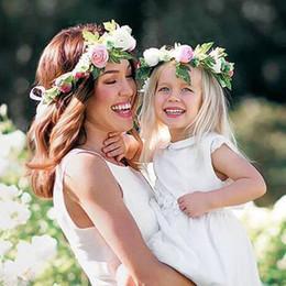 2 pçs / set Mãe E Filha Correspondência Headbands Flores Artificiais Meninas Floral Coroa Boho Acessórios Para o Cabelo Das Mulheres Da Menina Festa de Casamento Presente de Praia de Fornecedores de tecidos para vestidos