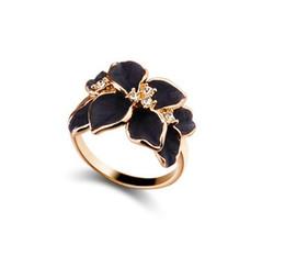 Wholesale Enamel Gold Jewellery - Women Enamel Gardenia Flower Crystal Gold Alloy Nickel-Free Cute Ring Size 7 Women Jewelry Fashion Black White Rings Jewelry Lady jewellery