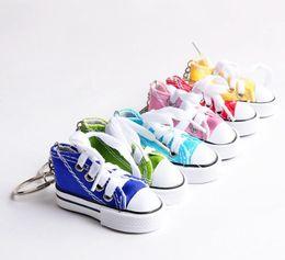 Wholesale Mini Tennis Keychain - Mini 3D Sneaker Keychain Canvas Shoes Key Ring Tennis Shoe Chucks Keychain Favors Jewelry Handbag Car Keyring F935L