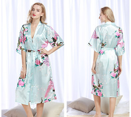 Wholesale Long Satin Nightgowns Women - Satin Robes for Brides Wedding Robe Sleepwear Silk Pijama Casual Bathrobe Peacock Long Nightgown Women Kimono