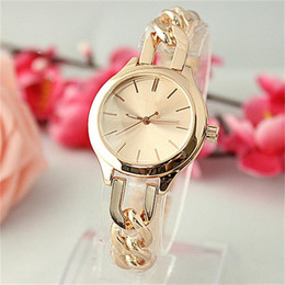 Wholesale Mark Chain - Luxury Classic style Twist chain quartz Watches Jewelry button Women quartz Watches large letters Clock dial strip scale nail mark Clock dia