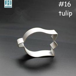 Wholesale Tulip Shaped Mold - Wholesale- 2015 New aluminium alloy tulip flower shape cookie cutter fruit  pudding toast vegetable cutter mold 5.5cm*3.5cm*1.7cm
