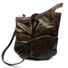 Wholesale First Fold - The unique design of fashion first layer of leather fold-selling ladies brown bags wholesale Shoulder Messenger tide