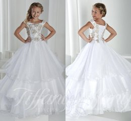 robes de concours blanches ados Promotion 2016 Nouveaux Little Girls robes Pageant Encolure perles de cristal Tiered organza blanc Flower Girl Dress Prom Party robe pour enfants Teens
