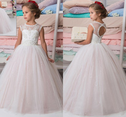 Wholesale Ball Wedding Gown Beads - Sparkly Lace Beaded Arabic 2017 Flower Girl Dresses Crew Ball Gown Vintage Child Dresses Beautiful Flower Girl Wedding Dresses F0691