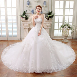 Wholesale Long Tail Elegant Gown - 2017 New Ball Gown Wedding Dresses Strapless Applique Beaded Crystal Long Tail Lace Wedding Gowns Elegant Cheap Elegant Lace Up Bridal Gown