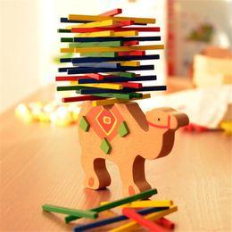 Bebek Oyuncakları Eğitim Fil / Deve Dengeleme Blokları Ahşap Oyuncaklar Kayın Ahşap Denge Oyunu Montessori Blokları Hediye Için Çocuk cheap balancing game nereden dengeleme oyunu tedarikçiler