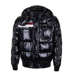 Classico marchio di moda di lusso Inverno Down Jacket Cappotto caldo da uomo Giacche di sconto per uomo Cappotti uomo imbottito Rosso Saldi di alta qualità supplier luxury winter down coat da giacca invernale di lusso fornitori