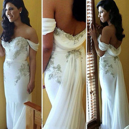 Wholesale long tail elegant gown - 2016 Mermaid white elegant off the shoulder wedding dress appliques with long tail chiffon beach wedding gown