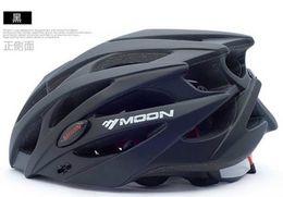 Wholesale moon helmets - Bike Helmet Moon octal raceday Cycling Helmet Casco Ciclismo Capacete Cascos para Bicicleta For Woman Men Size L M Bicycle helmet