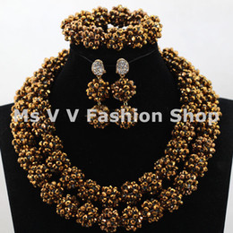 Wholesale Indian Beaded Earrings - African Beads jewelry set 2017 new gold Trendy Nigerian Wedding Party Lady Fashion Beaded Jewelry necklace Set