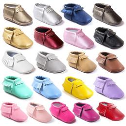 Cuero shose online-First Walker Shoes Leather shose multicolor arco moccs 100% Top Layer moccs de cuero suave botines de bebé zapatos de niño A0164