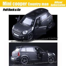 Licenza giocattolo online-1:36 Scala Diecast In lega Metallo Modello di auto Per MINI Cooper S Collezione Countryman Modello con licenza Tirare indietro Giocattoli Auto - Nero opaco