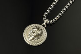 Wholesale Lion Silver Necklace - Hip hop lion Pendant Necklace for men 18K gold Silver plated stars Lord jewelry gift for man