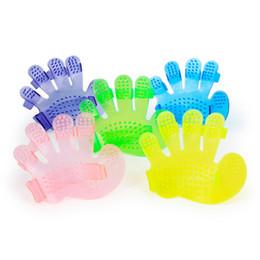 Wholesale Finger Products - Palmshaped Pet Cat Dog Shower Brush Plastic Five Finger Massages The Pet Bath Artifact 6 Colors CYF52