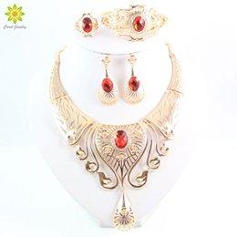 Wholesale Vintage Costume Jewellery - New Arrival Elegant Fashion Dubai Gold Plated Vintage Women Nigerian Crystal Jewelry Sets African Beads Jewellery Costume