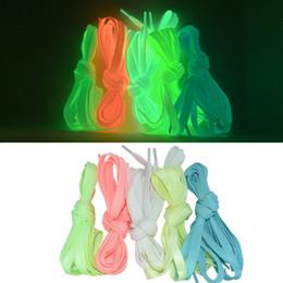 Lacets de chaussures light kids en Ligne-Lacets plats lumineux brillent dans le noir coloré fluorescent Light Up Athletic cravate lacet de chaussure enfants enfants cadeaux de fêtes d'anniversaire