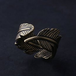 Wholesale Antique Vintage Wedding Bands - vintage feather Ring wholesale charms Antique couples Leaf Feather Ring Finger Ring Fashion Jewelry rings for women