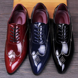 Wholesale Leather Lace Wedding Dress - In 2017 the new rivet handmade shoes sell like hot cakes men leather shoes, wedding shoes party dress shoes