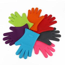 силиконовые перчатки Скидка Силиконовые кухонные перчатки для выпечки микроволновая печь нескользящая Рукавица Термостойкие силиконовые домашние перчатки кулинария выпечки барбекю перчатки держатель