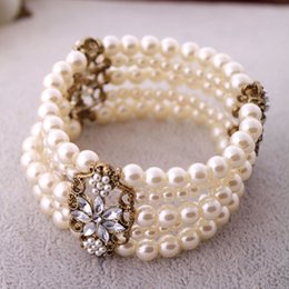 Wholesale Pearl Bangles Designs - Wholesale Costume Jewelry High Quality Fashion Design Five Layers Simulated Pearl Charm Stretch Bracelet Multi Layers Bangles
