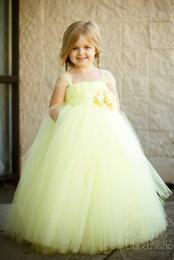 Argentina Vestidos de color amarillo claro de la princesa de las niñas de las flores vestido de fiesta Vestido de hadas de las flores Faldas largas del tutú encantadoras Vestidos del desfile de las niñas Suministro